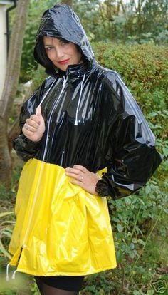 Vinyl Raincoat, Plastic Raincoat, Pvc Raincoat, Yellow Coat, Yellow Raincoat, Pvc U Like, Imper Pvc, Latex Babe, Rainy Day Fashion