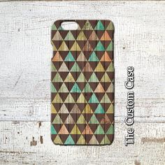 Triangles Phone CaseTriangles on Wood Geometric Triangle Pattern phone Case Iphone 4 Iphone 5 Iphone 6 Iphone 6