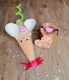 pastamaus18_walnusspesto2 Xmas, Christmas Ornaments, Etsy Shop, Holiday Decor, Creative, Fun, Handmade, Gift, Husband Wife