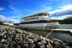 Cruise the canal and take an educational boat tour with Erie Canal Cruises in Herkimer aboard the Lil Diamond III!