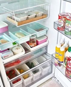 60 trendy kitchen organization ideas for the home organisation Refrigerator Organization, Kitchen Organization Pantry, Home Organisation, Garage Organization, Kitchen Pantry, Kitchen Storage, Kitchen Decor, Kitchen Design, Organization Ideas