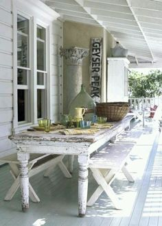 White vintage | porches