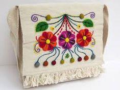 Resultado de imagen para bordado mexicano sobre lana pinterest