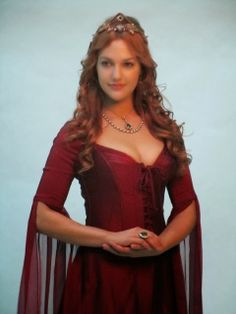 Actresses Hot Pictures & Photos: Turkish Actress Meryem Uzerli Pictures by drama Me...