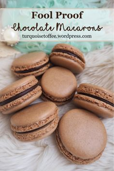 Fool Proof Chocolate Macarons…It's chocolate macaron time: spring is in the air, the snow is melting, Easter is around the corner. There's nothing more perfect for spring than a delicate and… Cookie Desserts, Just Desserts, Cookie Recipes, Delicious Desserts, Dessert Recipes, Yummy Food, Cookie Cups, Cookie Favors, French Macaroon Recipes