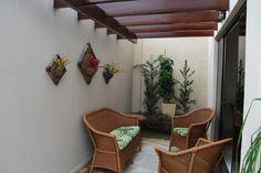 Esse exemplo de jardim de inverno publicado pela Fabiana Caetano ficou lindo. Uma boa sugestão para quem tem um espaço sobrando em casa.