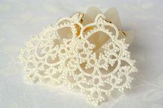 Bridal tatted ivory lace earrings Made in Italy por Ilfilochiaro
