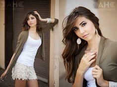(c) Amanda Holloway Photography  *Senior Girl Pose