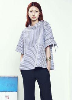상품 확대 이미지명 Fashion Now, Urban Fashion, Fashion Online, Blouse Styles, Blouse Designs, Eastern Dresses, Moda Vintage, Denim And Lace, Trendy Tops