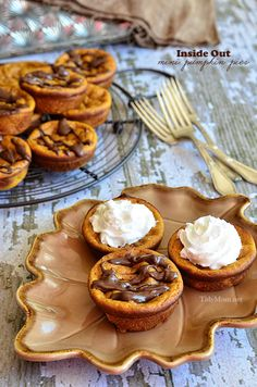 If you like pumpkin pie you are going to love how easy this recipe is!  Inside Out Mini Pumpkin Pies .  Recipe at TidyMom.net