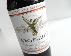 Cestovné balenie 0,375 L, MONTES ALPHA Cabernet Sauvignon z Čile vás poteší kdekoľvek si ho zoberiete ..... www.vinopredaj.sk .....  #montes #chile #cile #vineyards #winery #vinarstvo #nacestu #cestovne #vino #wine #wein #inmedio #vinoteka #wineshop #delishop #delikatesy #mameradivino #milujemevino #ochutnaj #zazi #dobrevino #chutne #vinonacestu #svadobnevino #montesalpha #colchagua #valey #partyvino #pijeme #cervene #cervenevino