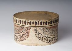 """""""SMALL WALLPAPER BAND BOX WITH YELLOW SWAG DECORATION, THE LID WITH ACORN AND OAK LEAF BANDING."""""""