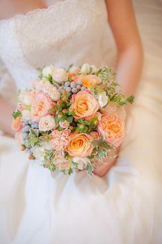 Peach Wedding bouquet  Флорист: Ангелика Милевская FLORENTINO