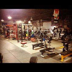 Elitefts.com Gym Pic of the Day www.elitefts.com