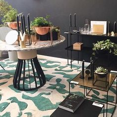Cool display in great shop in Tel Aviv 👌🏽 We love the green Orgie rug by and the Mewoma table by ⚡️ pic by . Simple Illustration, Love Design, Op Art, Modern Luxury, Furniture Design, Layout, Pure Products, Traditional, Interior Design