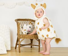 Sophie la girafe Plush Tabard with Feature Hat