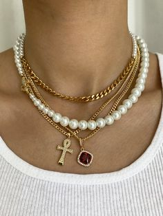 Unique and custom unisex jewelry brand founded in handmade in Los Angeles. Specializing in chunky chains and delicate pendants. Trendy Jewelry, Cute Jewelry, Gold Jewelry, Jewelry Accessories, Fashion Jewelry, Jewlery, Pearl Jewelry, Bling, Accesorios Casual