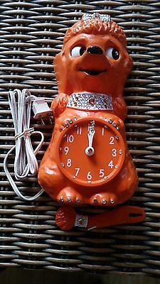 VINTAGE 60's Ornage French Poodle Kit Kat Clock - Electric in original box Kit Kat Clock, Novelty Clocks, Cat Clock, French Poodles, Large Clock, The Good Old Days, Wall Clocks, Vintage Toys, Future House