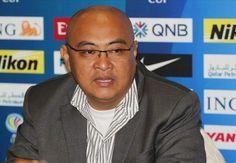 Arema Cronus Batal Uji Coba Ke Malaysia - Tak ada kata sepakat dari sisi bisnis membuat Arema membatalkan rencana uji coba mereka melawan dua klub asal Malaysia, Arema Cronus dipastikan batal memenuhi undangan dua tim dari Malaysia Super League. Sebelumnya, Arema ditawari beruji coba dengan Selangor FA dan Pahang FA di Malaysia pada akhir Juli ini. Namun, pembicaraan tentang uji coba ini ternyata tidak menemui kata sepakat dari sisi bisnis.