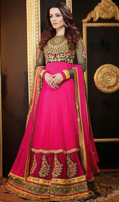 Celina Jaitley Green and Pink Georgette Floor Length Anarkali Suit Price: Usa Dollar $135, British UK Pound £80, Euro100, Canada CA$147 , Indian Rs7290.