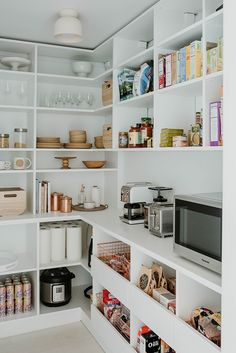 The large pantry allows all the food to be in one place, visually out of the way, yet still super convenient to the rest of the kitchen. Tagged: Storage Room and Shelves Storage Type. Kitchen Pantry Design, Kitchen Organization Pantry, Diy Kitchen Storage, Home Decor Kitchen, Kitchen Interior, Home Kitchens, Organization Ideas, Kitchen Ideas, Organized Pantry