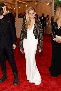 Todas las fotos de celebrities y de alfombra roja de la gala del MET 2013: Sienna Miller