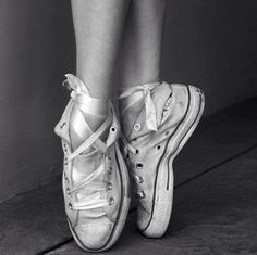 cute idea for #photo shoot.  other great inspirations for your dance photo shoot @Monica Hahn Photography
