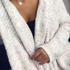 Czas na sweter? Jakie lubicie najbardziej? Dziś Rabat 15% i darmowa dostawa na hasło: jesien17 ➡️www.mosquito.pl❤️#onlineshopping #onlinestore #ootd #lookbook #sweater #sweter #kardigan #jesien #autumn #mosquito #mosquitopl #rabat #sale #taniej #promocja #madeinpoland