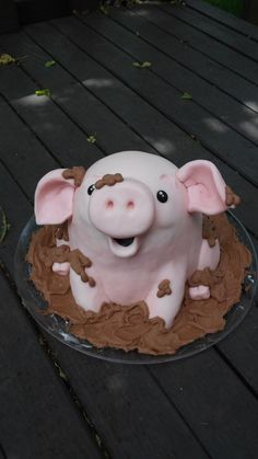 """This little piggy in fondant! All cake and fondant with chocolate buttercream """"mud""""."""