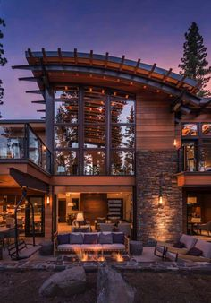Mountain home in Martis Valley boasts must-see design elements Dream House Ideas boasts Design elements Home Martis mountain mustsee Valley Dream Home Design, Modern House Design, Contemporary House Designs, Modern Contemporary, Rustic Modern, Modern Luxury, Modern Farmhouse, Farmhouse Style, Modern Mountain Home
