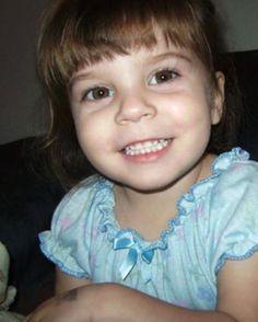 Sweet 2 years old girl Caylee Anthony was killed by her mom. Casey Anthony, Angel Kids, Miss Elizabeth, Gossip Blog, Hollywood Gossip, These Girls, Bad Girls, True Crime, Celebrity Gossip