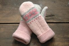 Upcycled Pink & Gray Wool Sweater Mittens Size Small by DejaRenew
