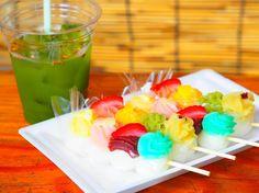 愛知の恋する和菓子「恋小町だんご」。かわいすぎて話題沸騰中! - macaroni Japan Travel, Japan Trip, Packaging, Sweets, Food, Desserts, Sweet Pastries, Meal, Gummi Candy