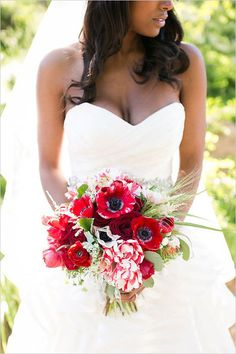 Red Wedding Bouquets || Bouquet Design by Florals by Jenny || PHOTO SOURCE • KAYSHA WEINER PHOTOGRAPHER