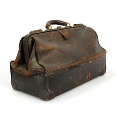 d542a74d6180 75 Best Old doctor's bags images in 2019 | Leather purses, Leather ...