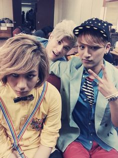 LUNAFLY | Sam (back, blonde) & Tao (left, creepy) & Yun (right) | Note: Their voices are pretty awesome! And they are funky.