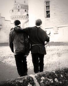 I LOVE THIS SCENE #Merlin #bradleyjames #ColinMorgan