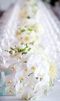 floralies:    (via Cecilia Fox . Floral Studio . Melbourne, Australia)