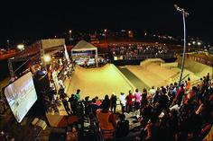 """Skate, Parkour, desenho, artesanato, grafite e cinema.BMX, patins in line, break, hip hop e oficinas de grafite, além dos shows de bandas comoTucumanus, Base 3, Critical Age e Dj Marcelo D12, integram a programação do II Circuito de Cultura Urbana. Com entrada Catraca Livre, o evento acontece nos dias 20 e 22 de setembro no...<br /><a class=""""more-link""""…"""