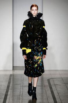 Mila Schön - look 30 FRIGIDAIRE – Printed silk dress with macro military pocket.