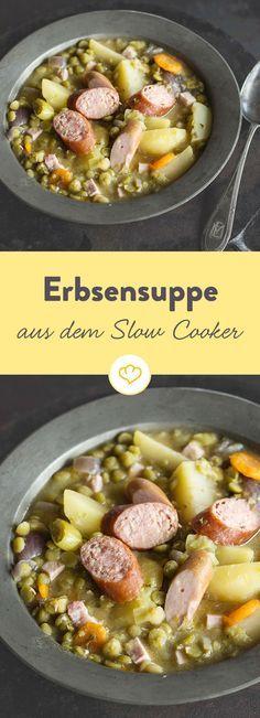 Schmackhaft, bodenständig und gesund - die Erbsensuppe ist der Klassiker unter Deutschlands Eintöpfen. In einem Slow Cooker gelingt sie besonders gut.