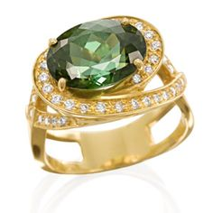 Amsterdam Sauer Rings - Green Tourmaline and Diamond Ring - In 18-kt yellow gold with green tourmaline and diamond