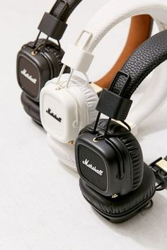 Shop Marshall Major II Wireless Headphones at Urban Outfitters today. We carry all the latest styles, colors and brands for you to choose from right here. Marshall Headphones, Cute Headphones, Over Ear Headphones, Sports Headphones, Marshall Major, 17 Kpop, Attic Playroom, Attic Library, Attic Office