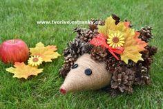 Ježek ze šišek Fall Pumpkin Crafts, Fall Pumpkins, Grapevine Wreath, Grape Vines, Crafts For Kids, Wreaths, Autumn, Halloween, Home Decor