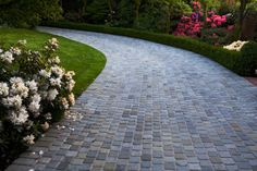 Paver Driveway Ideas   Color Considerations   Pavers Contractor 5 different color pavers