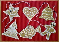 Nápady na tvoření s dětmi Christmas Ornaments, Halloween, Holiday Decor, Christmas Jewelry, Christmas Decorations, Christmas Decor, Spooky Halloween