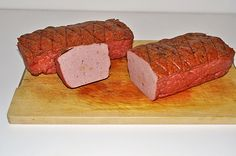 Meat cheese from minced meat German Sausage, Best Sausage, Charcuterie, Sausage Recipes, Cooking Recipes, How To Make Sausage, Meat And Cheese, Tasty Dishes, Good Food