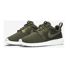 Nike Roshe One Knit Jacquard Men's Shoe. Nike.com (1.178.775 IDR) ❤ liked on Polyvore featuring men's fashion, men's shoes, mens shoes and nike mens shoes