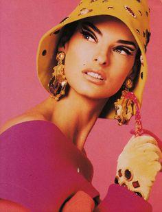 Linda Evangelista for Vogue Italia, 1990. Photographed by Steven Meisel.