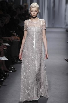 Chanel. Haute Couture S/S 2011  via slavetothedetail